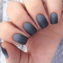 Uñas grises con degradado