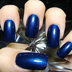 Uñas azules noche